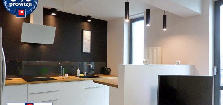 zabudowana funkcjonalnie kuchnia w mieszkaniu na wynajem Wrocław Śródmieście