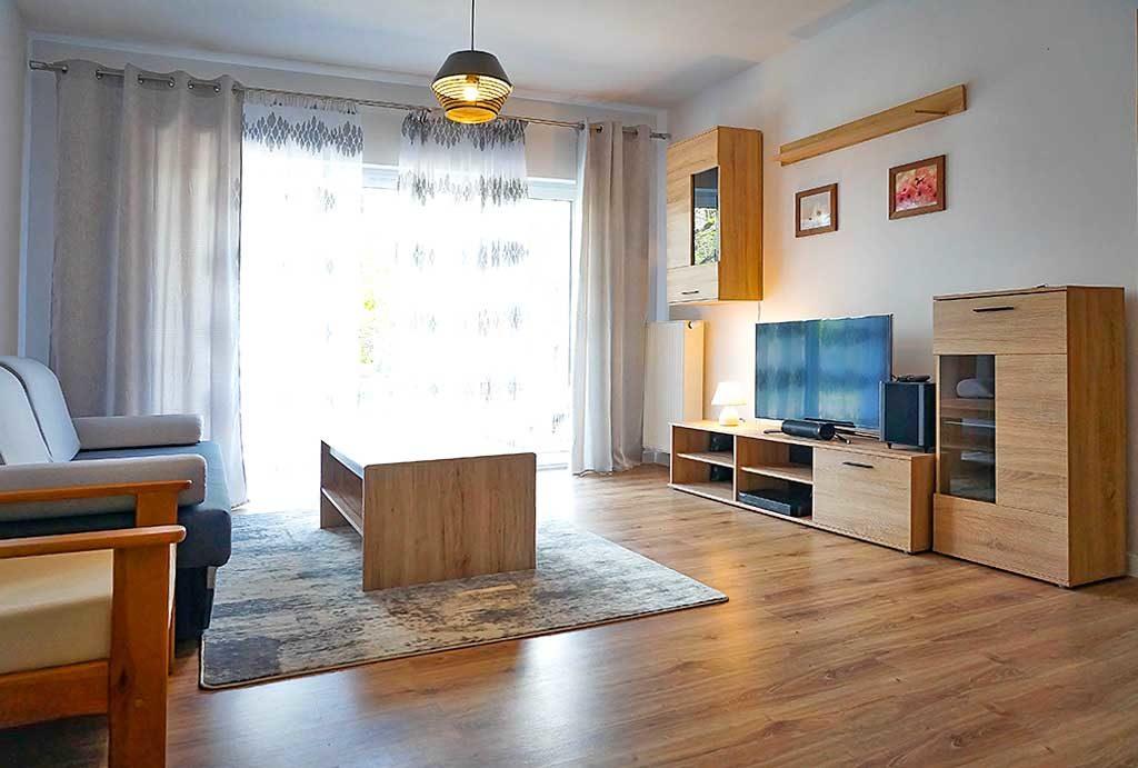 widok na prestiżowy salon w mieszkaniu na sprzedaż Wrocław Fabryczna