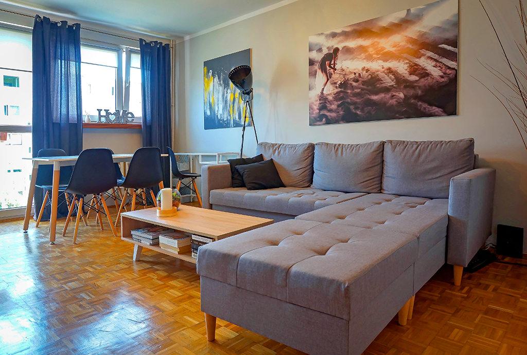 komfortowy, elegancki i wytworny salon w mieszkaniu na wynajem Wrocław Fabryczna