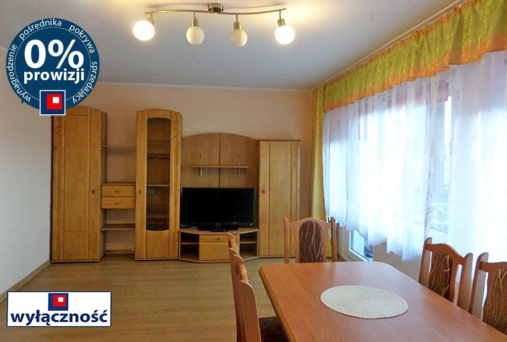na zdjęciu prestiżowe wnętrze salonu w mieszkaniu do wynajmu Wrocław Psie Pole