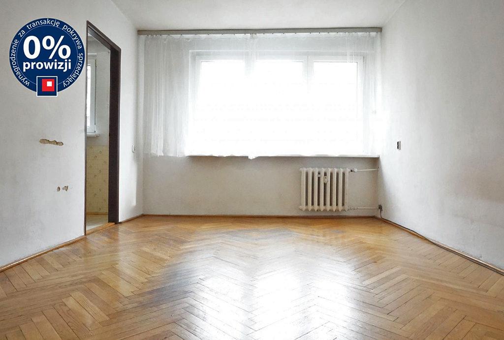 widok na salon w mieszkaniu do sprzedaży Wrocław Stare Miasto