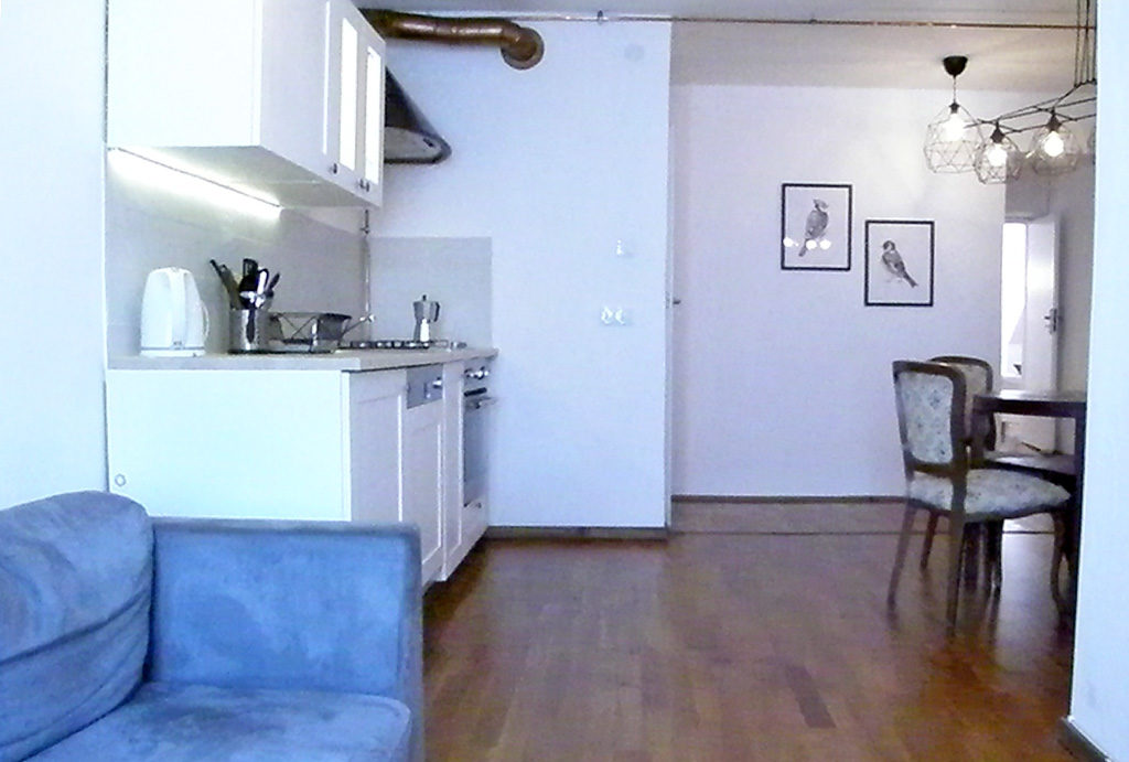 widok z salonu na aneks kuchenny w mieszkaniu na sprzedaż Wrocław Stare Miasto