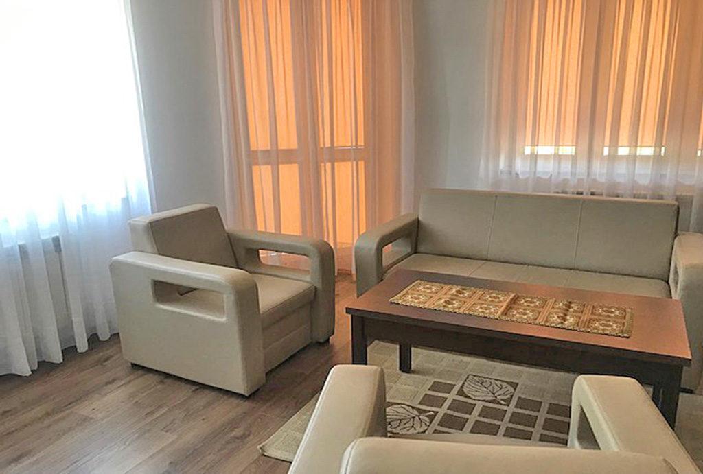 fragment komfortowego salonu w mieszkaniu do wynajmu Wrocław okolice