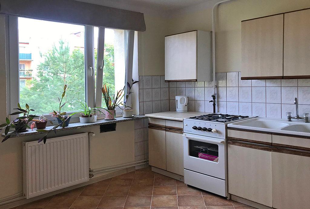 funkcjonalnie zabudowana kuchnia w mieszkaniu do wynajmu Wrocław Krzyki