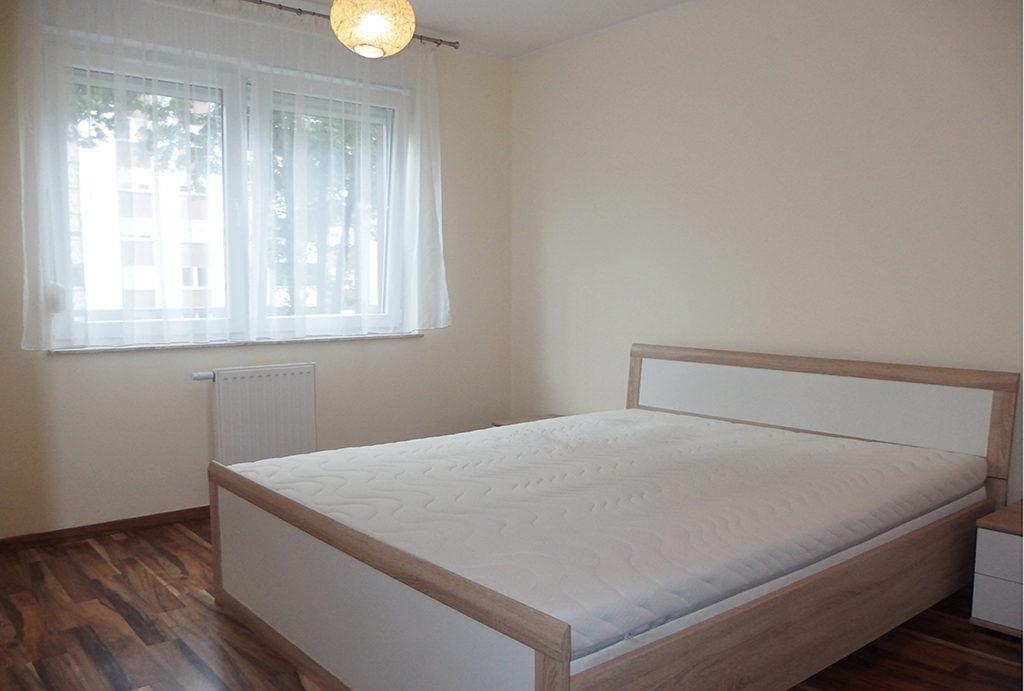 zaciszna, prywatna sypialnia w mieszkaniu na wynajem Wrocław Psie Pole