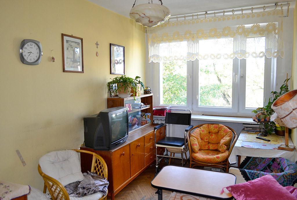kameralny salon w mieszkaniu na sprzedaż Wrocław Centrum
