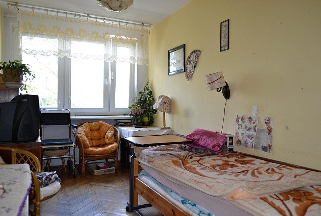 zdjęcie prezentuje pokój w mieszkaniu na sprzedaż Wrocław Centrum