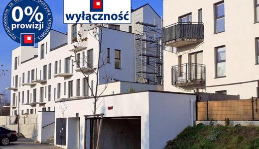 widok na apartamentowiec, w którym znajduje się oferowane na sprzedaż mieszkanie Wrocław Leśnica