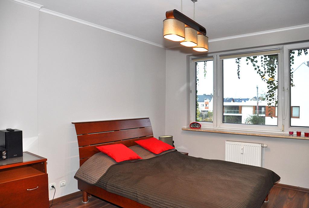 elegancka sypialnia w mieszkaniu do wynajęcia Wrocław Krzyki