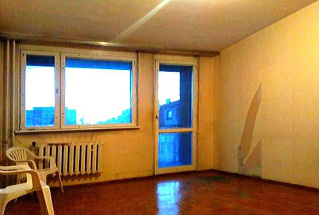 na zdjęciu komfortowy salon w mieszkaniu na sprzedaż Wrocław Krzyki