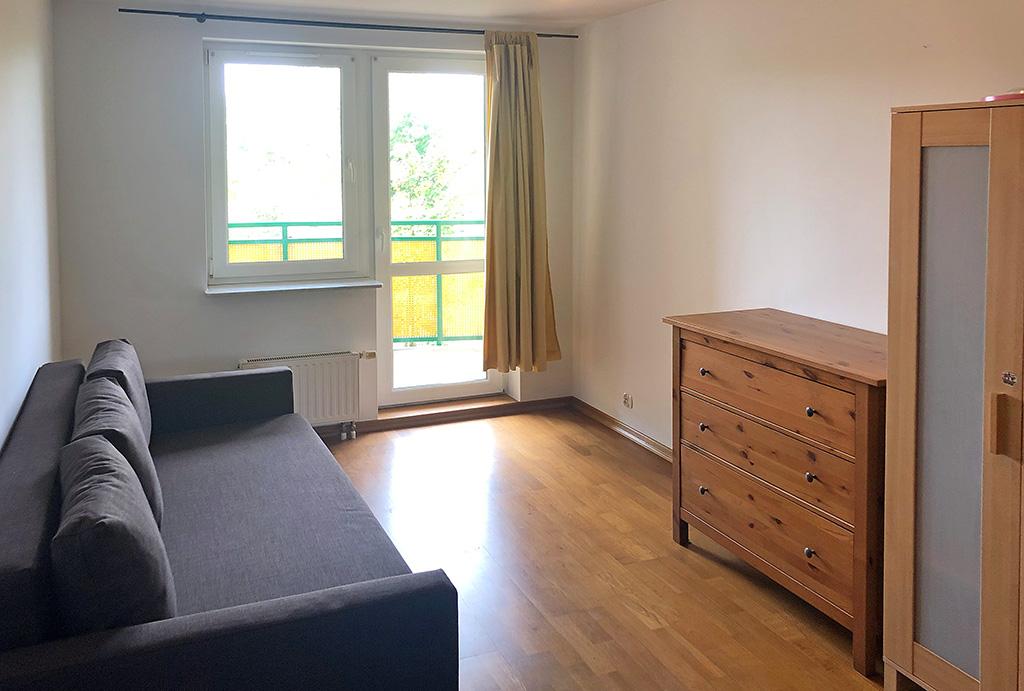 widok na komfortowy salon w mieszkaniu na sprzedaż Wrocław Krzyki