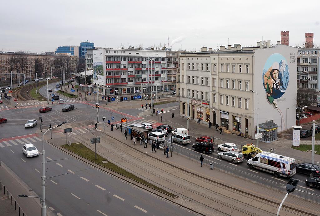 widok z okna i prestiżowa lokalizacja mieszkania na wynajem Wrocław Stare Miasto