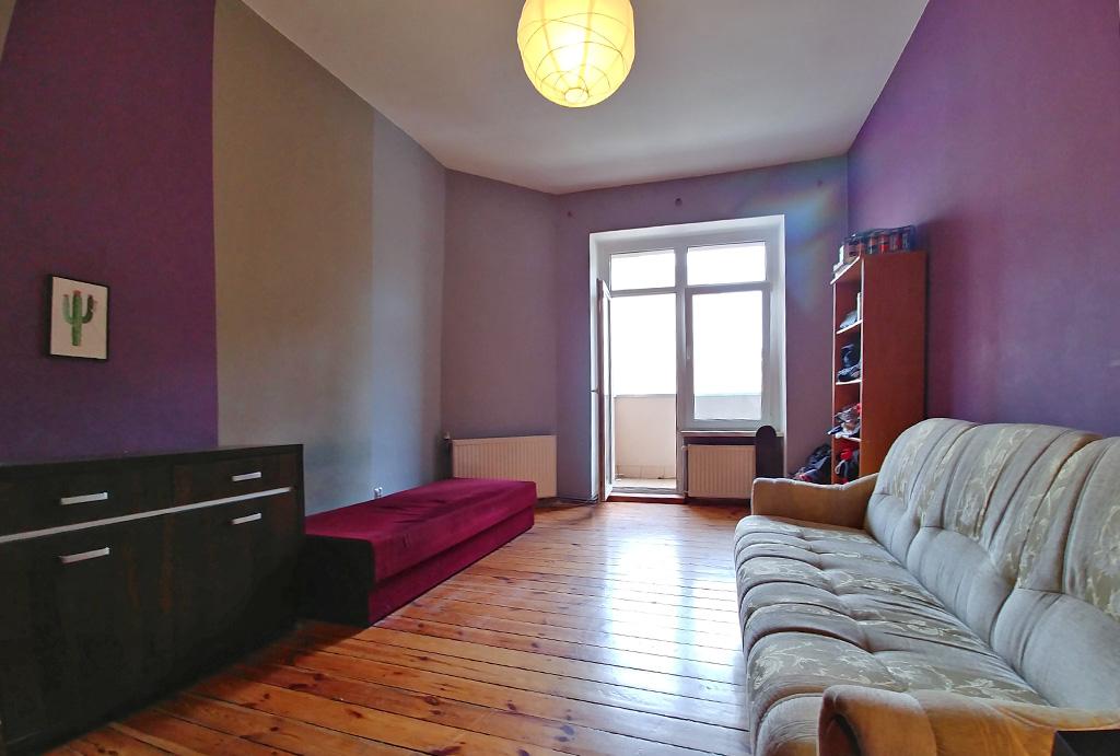 widok na sypialnię mieszkaniu na sprzedaż Wrocław Śródmieście