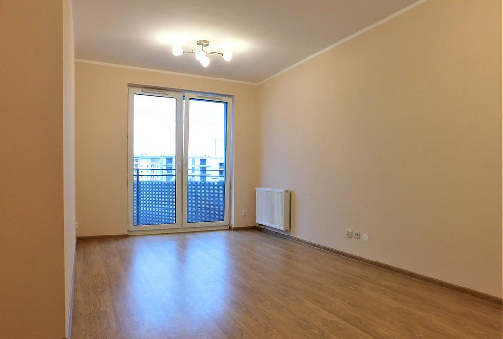 przestronny salon w mieszkaniu do wynajmu Wrocław (okolice, Oława)