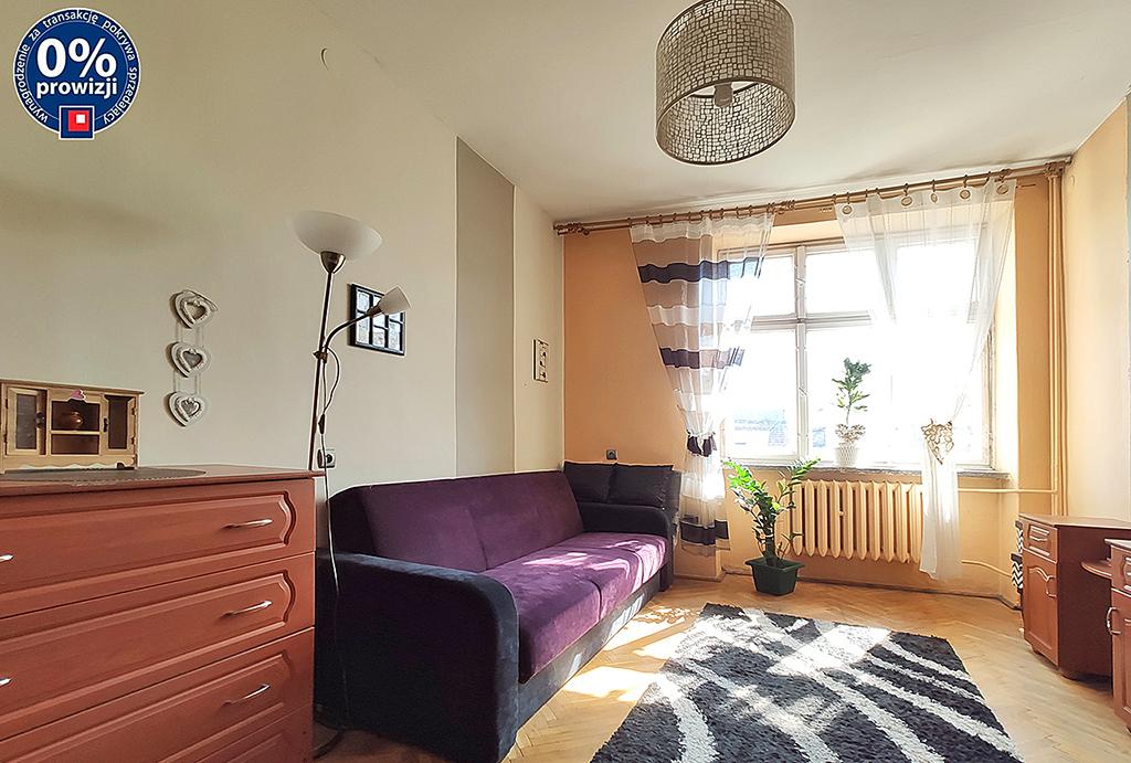 widok na salon w mieszkaniu na sprzedaż Wrocław Stare Miasto