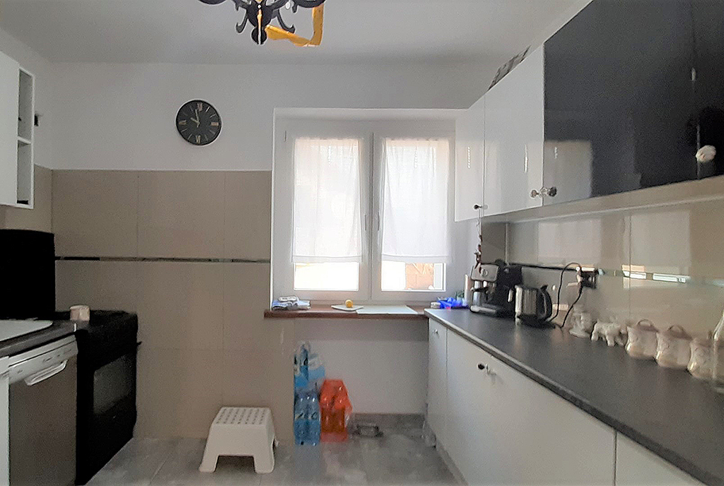 na zdjęciu kuchnia w mieszkaniu na wynajem Wrocław Psie Pole