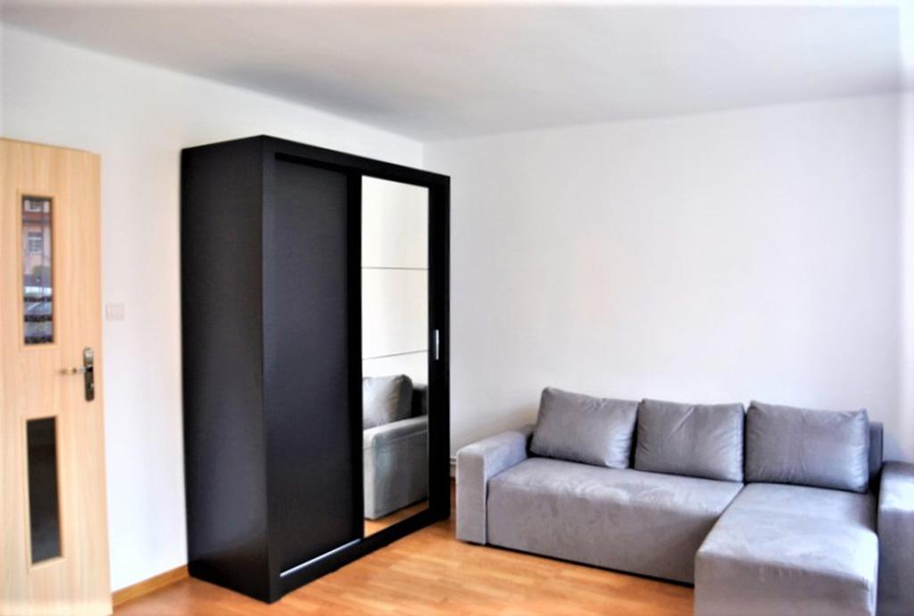 komfortowy salon w mieszkaniu do wynajęcia Wrocław (okolice, Oława)