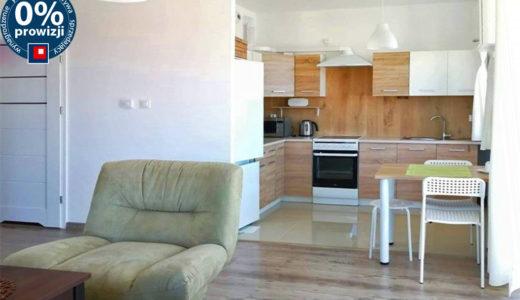 widok od strony salonu na aneks kuchenny w mieszkaniu do wynajęcia Wrocław Kiełczów