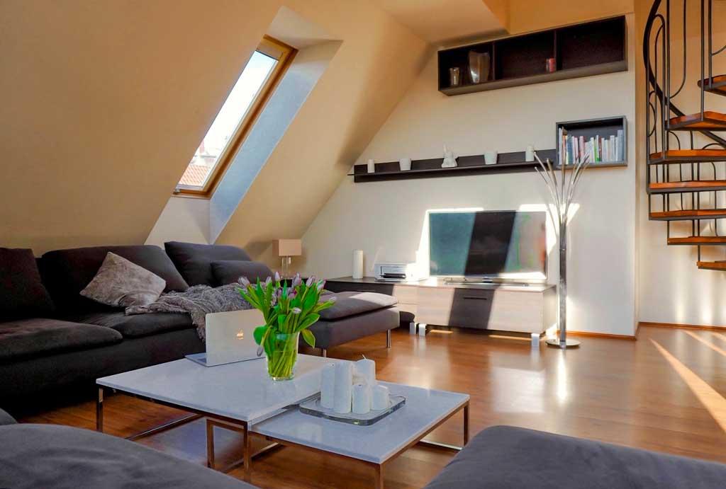 wytworny salon w mieszkaniu do sprzedaży Wrocław Kobierzyce