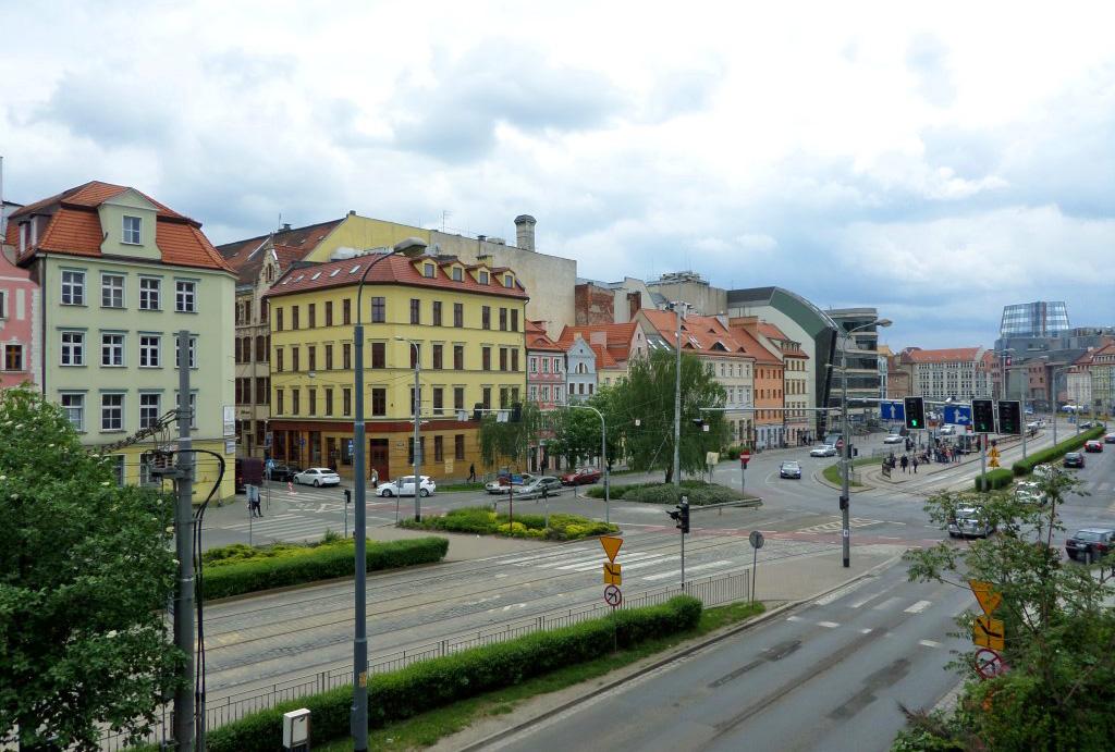 atrakcyjna okolica mieszkania na wynajem Wrocław Stare Miasto