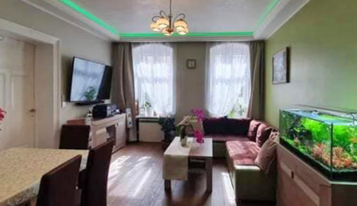 kameralny salon w mieszkaniu do sprzedaży Wrocław Nadodrze