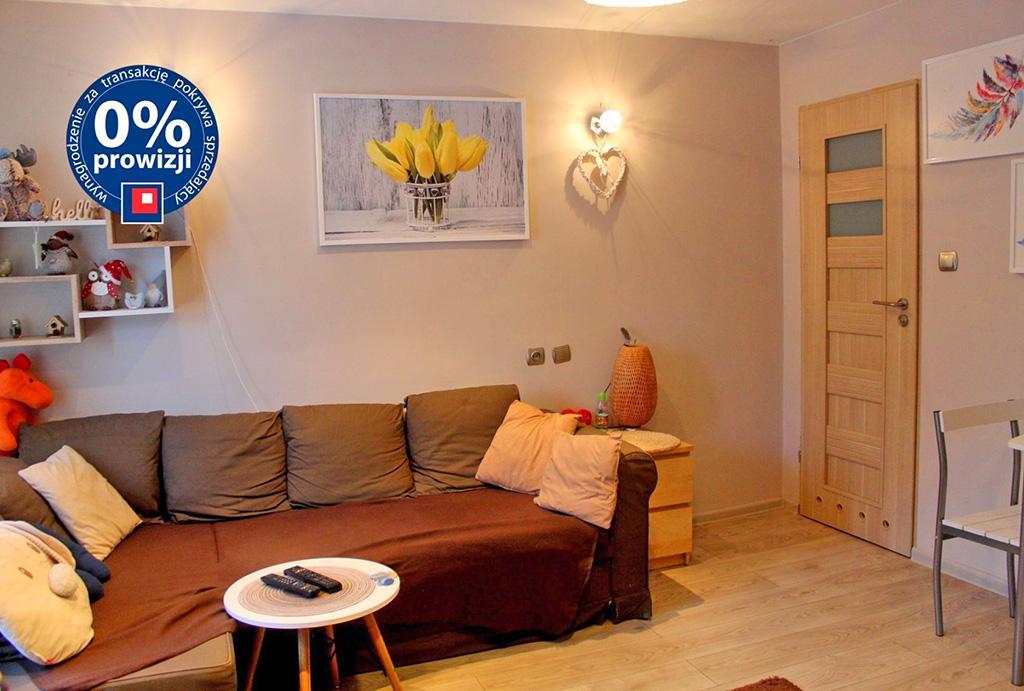 druga strona salonu w mieszkaniu na sprzedaż Wrocław Śródmieście