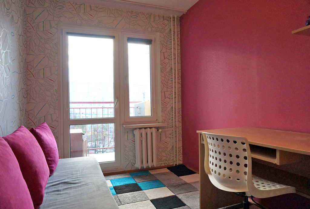 praktycznie zaaranżowany pokój dla dziecka w mieszkaniu na wynajem Wrocław Fabryczna