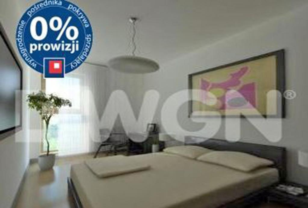 intymna sypialnia w mieszkaniu do wynajmu Wrocław Krzyki