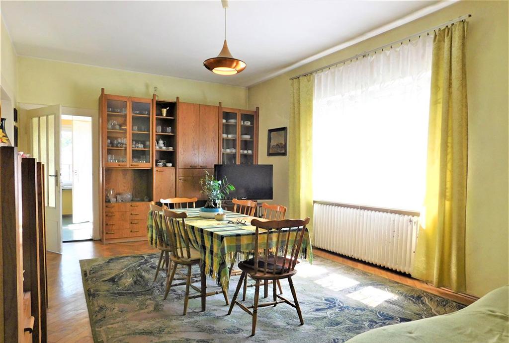 salon oraz jadalnia w mieszkaniu do sprzedaży Wrocław (okolice)