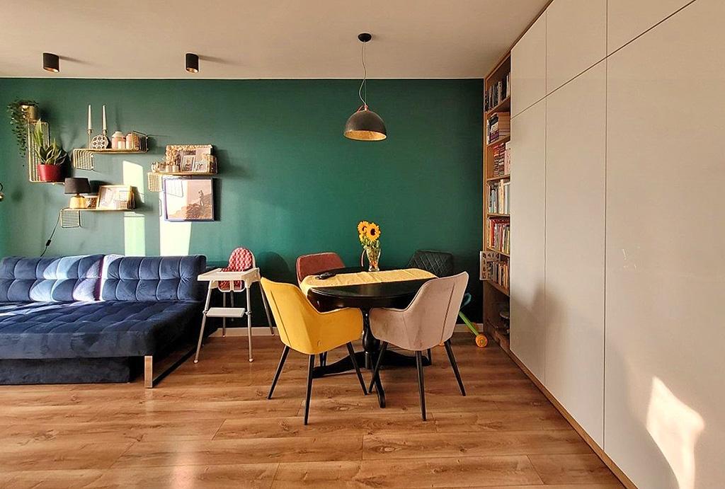 zbliżenie na pokój dzienny w mieszkaniu do sprzedaży Wrocław